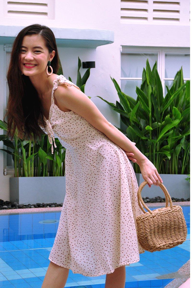 Loreta Petals Ruched Dress Cream