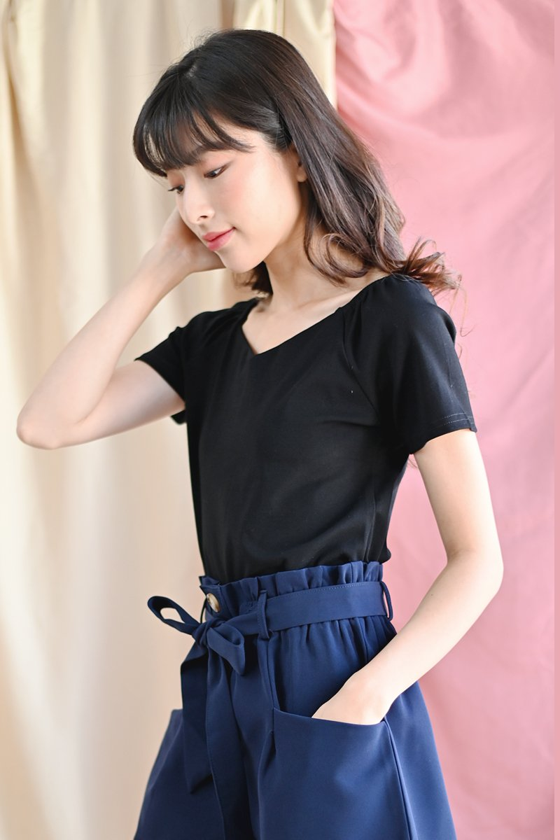 Lioria Cap Sleeve Top Black