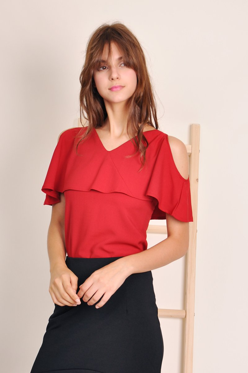 Imogen Cold-Shoulder Top Scarlet