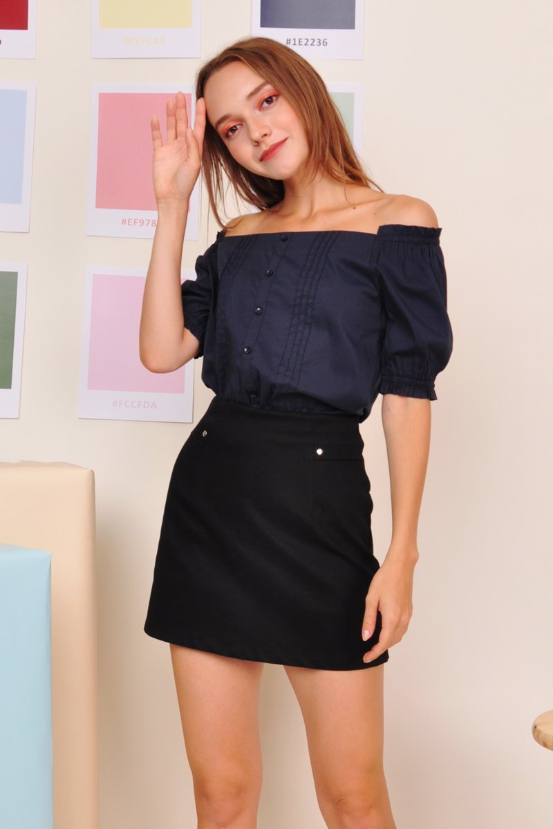 Amintha Off-Shoulder Top Midnight