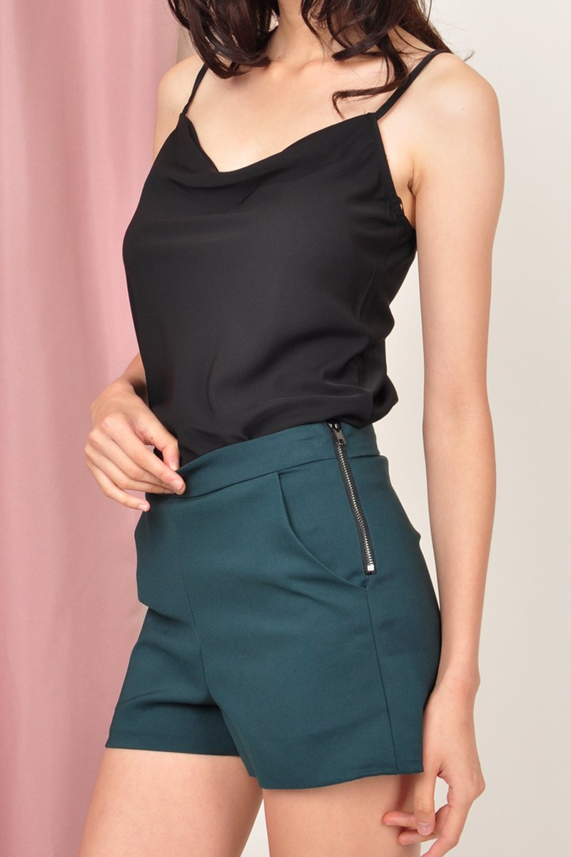 Yarelis Fitted High Waist Shorts Forest