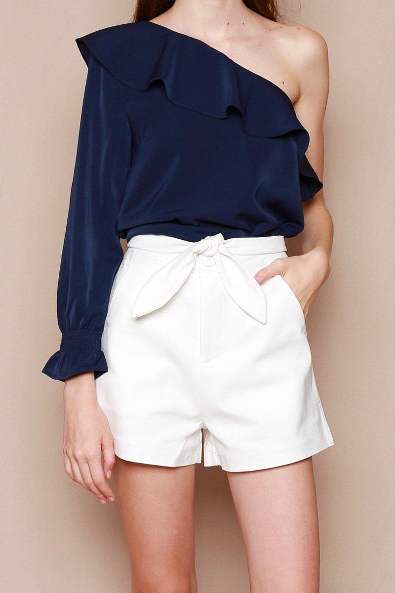 Noelia Tie Front Shorts Ivory