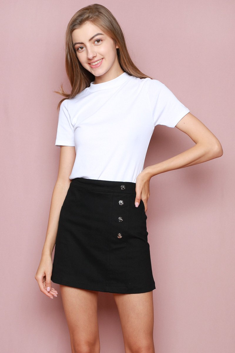 Hello Kitty Side Button Skirt Black