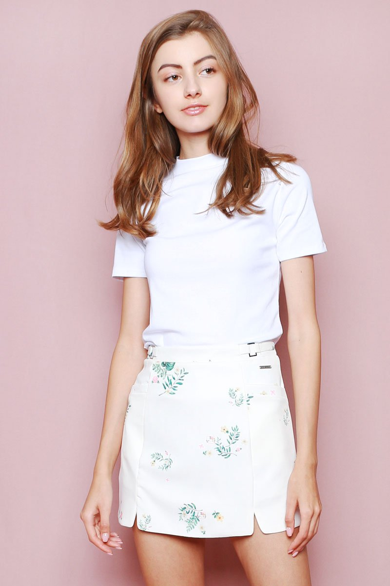 Hello Kitty Cut-In Skorts Ivory