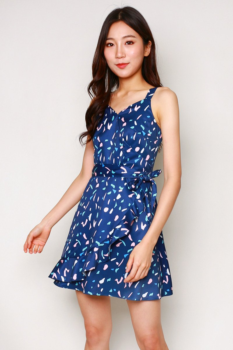 Naomi Print Overlap Ruffle Dress Midnight