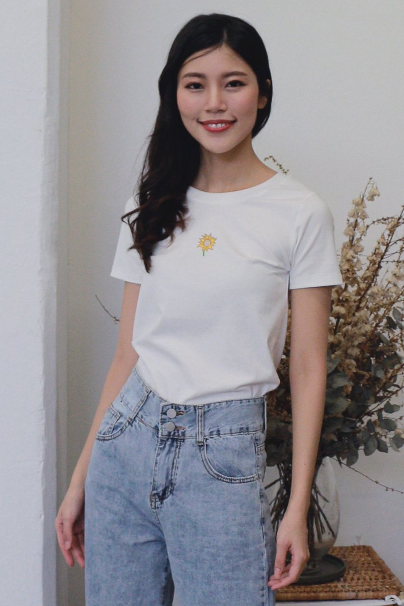Embroidered Basic Tee Ivory (Sunflower)