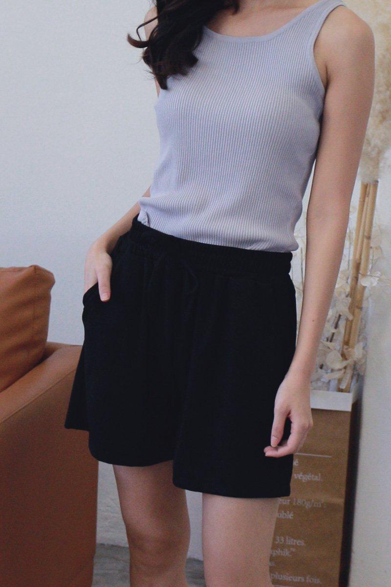 Clareta Basic Sweatshorts Black