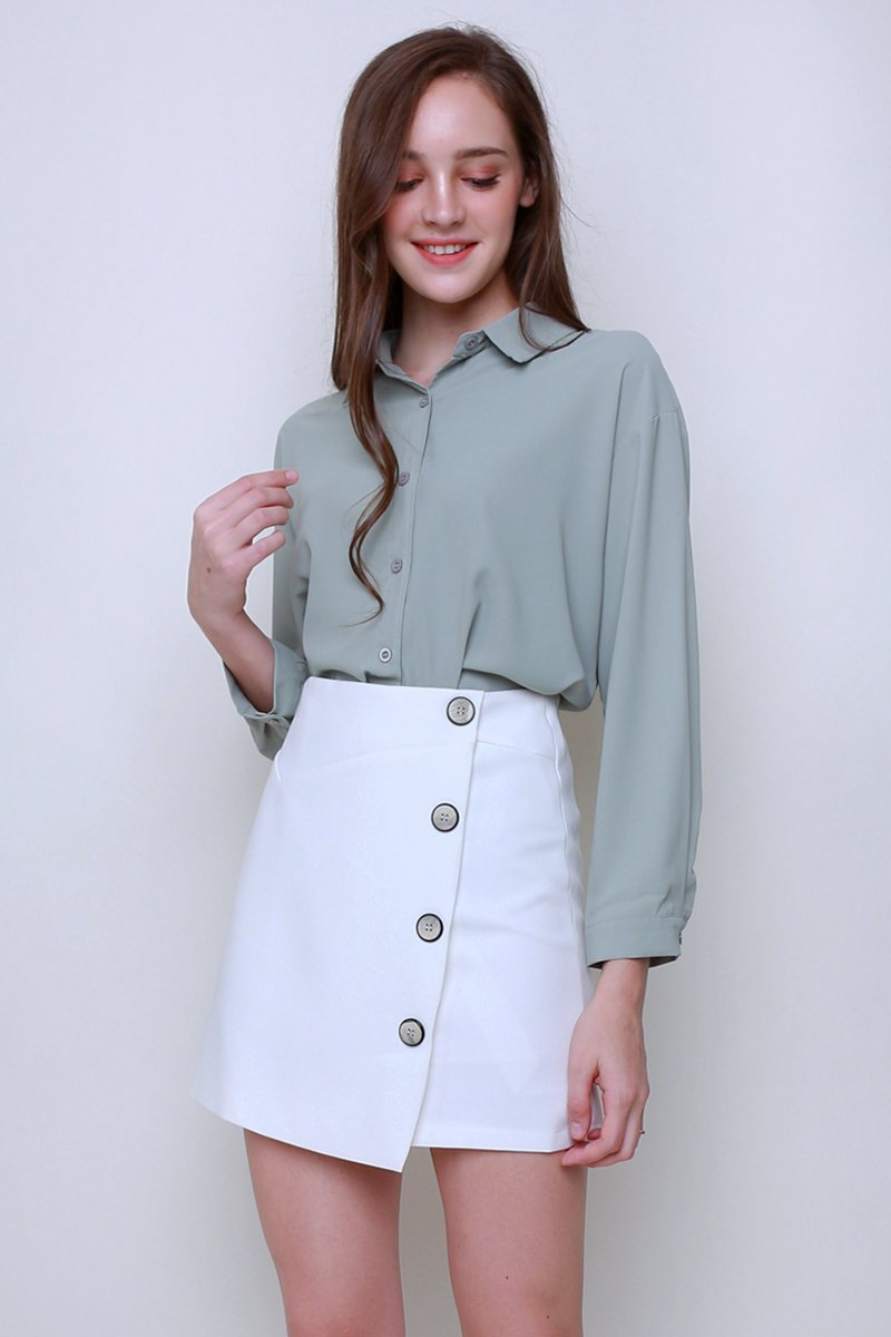 Annys Overlap Button Shirt Sage