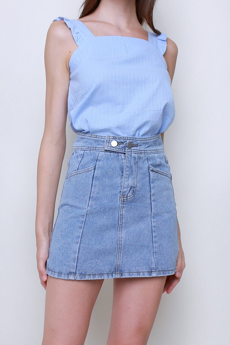 Cailey A-Line Denim Skirt Lightwashed
