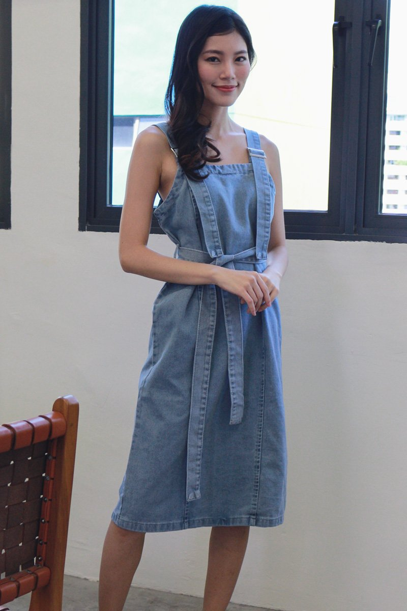 Charisse Denim Midi Dress Light Denim