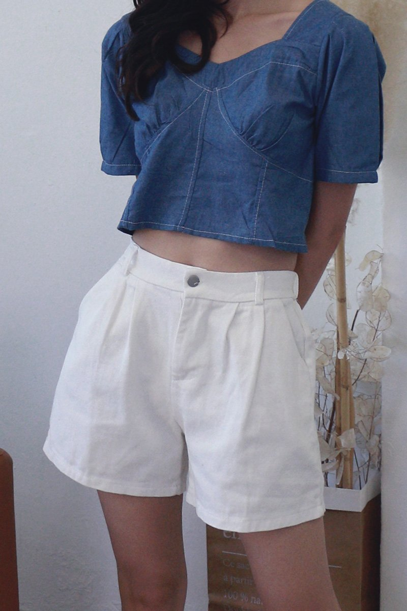 Poe Pleated Denim Shorts Ivory