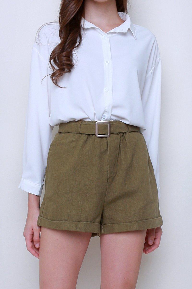Zeta Corduroy Buckle Shorts Olive