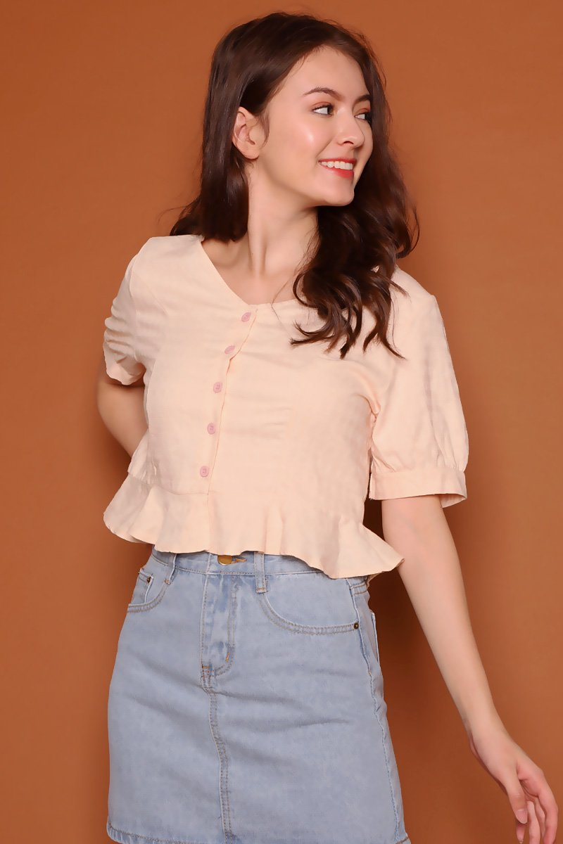 Sharly Ruffle Hem Top Cream
