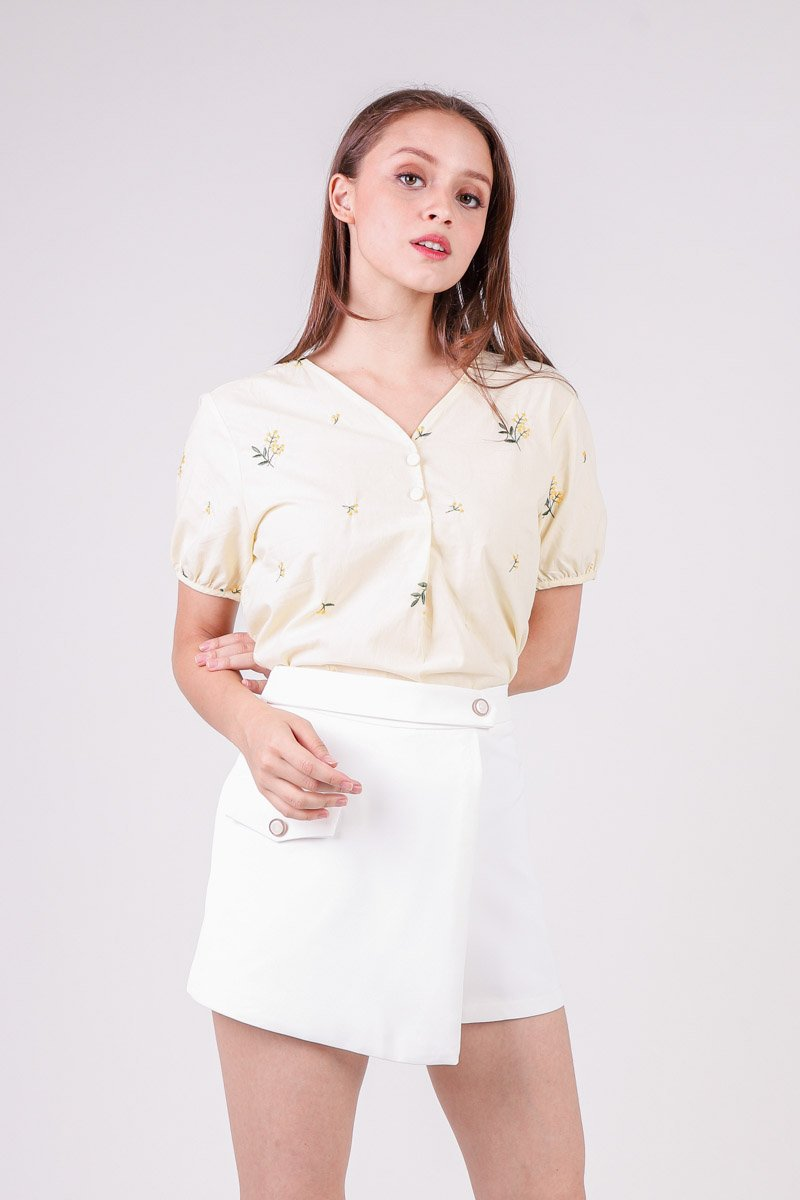Deanna Floral Embroidery Top Daffodil