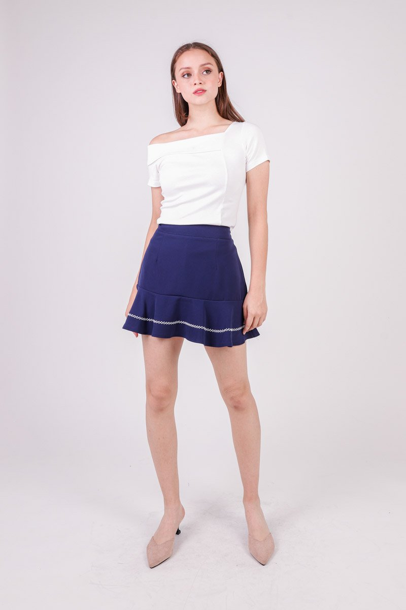 Edlyn Contrast Stitch Hem Skirt Midnight