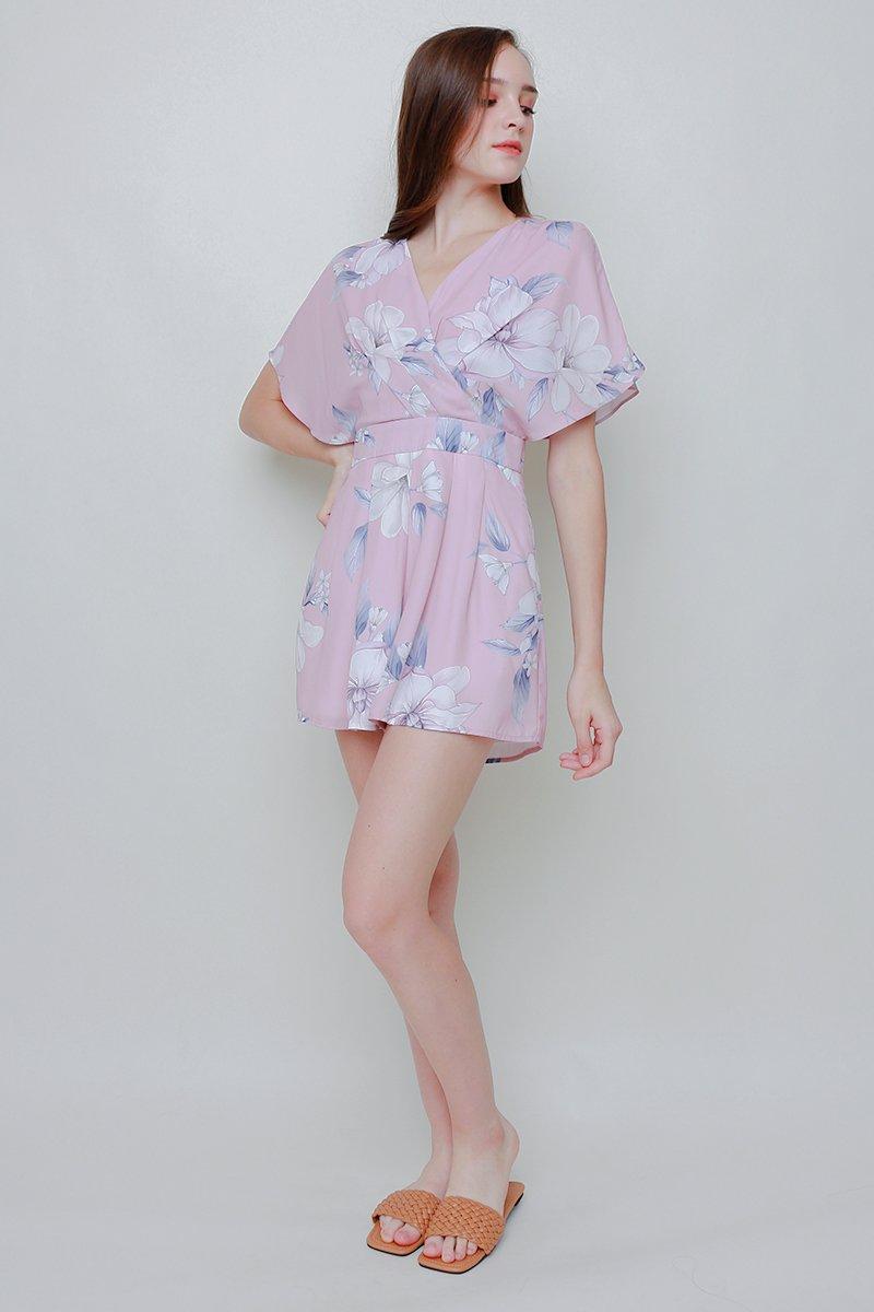 [BACKORDER)Abilene Floral Kimono Romper Blush