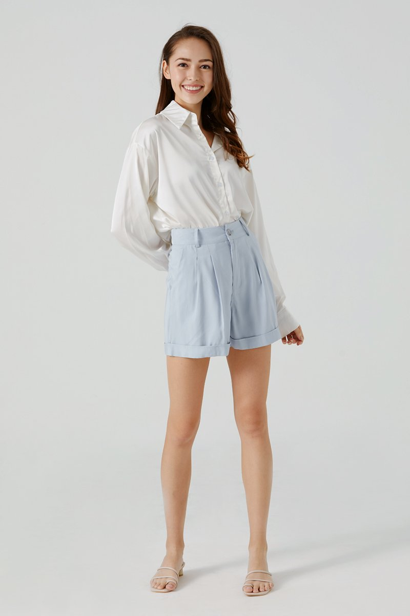 Kendice High Waist Shorts Sky