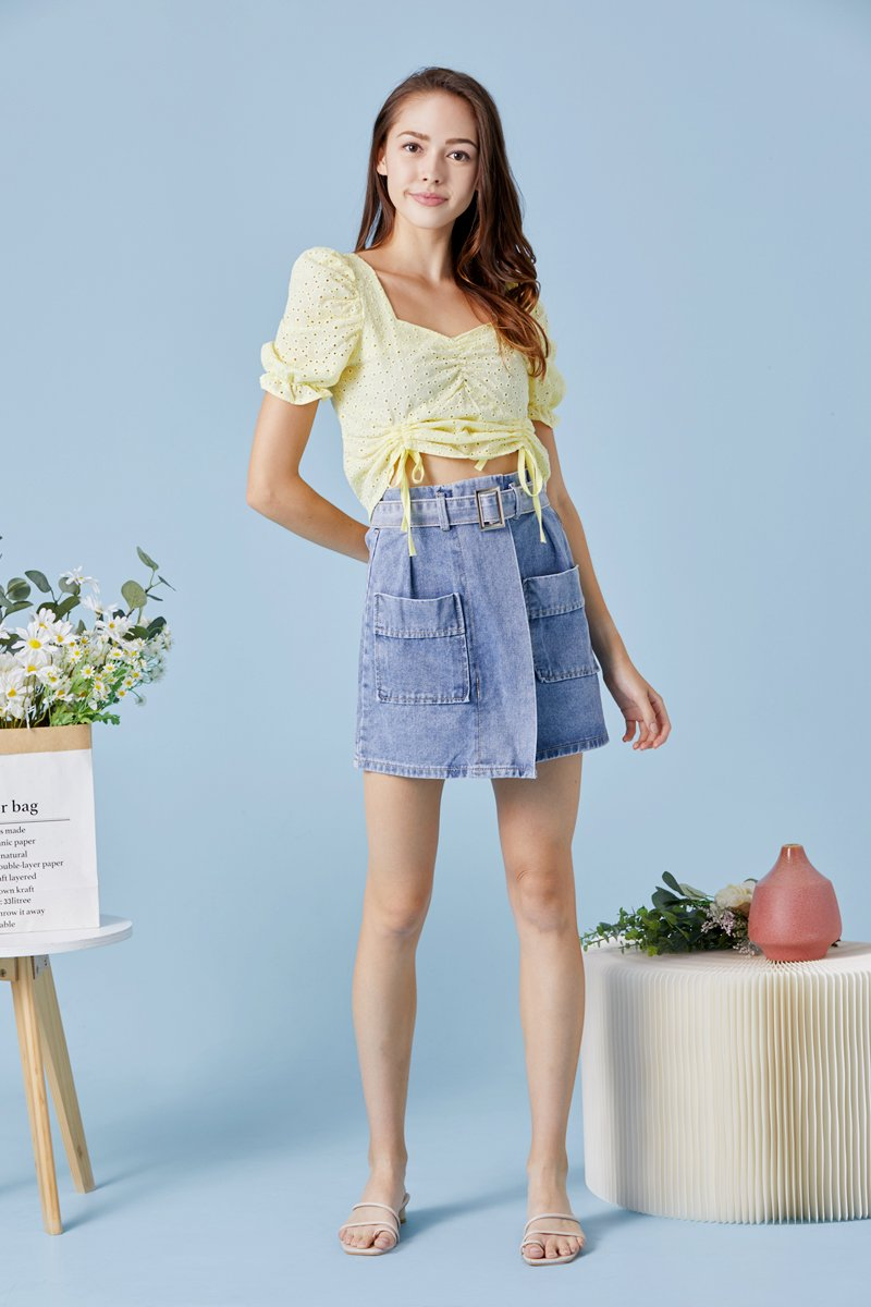 Haisley Eyelet Front Ruched Top Daffodil
