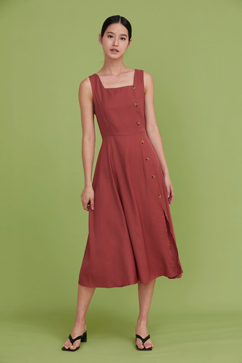 Moriko Buttoned Midi Dress Brick