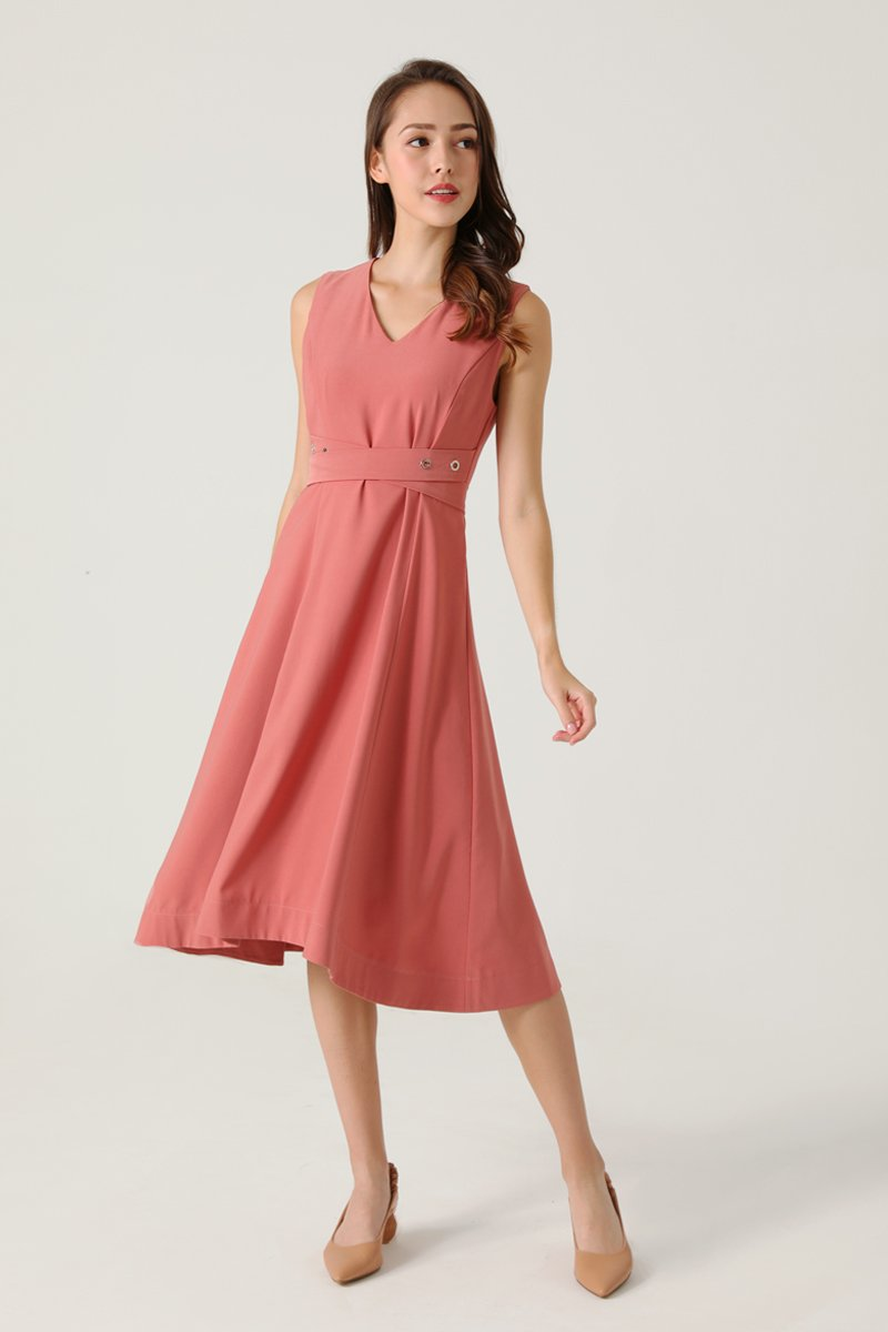 Avia V-Neck Midi Dress Brick