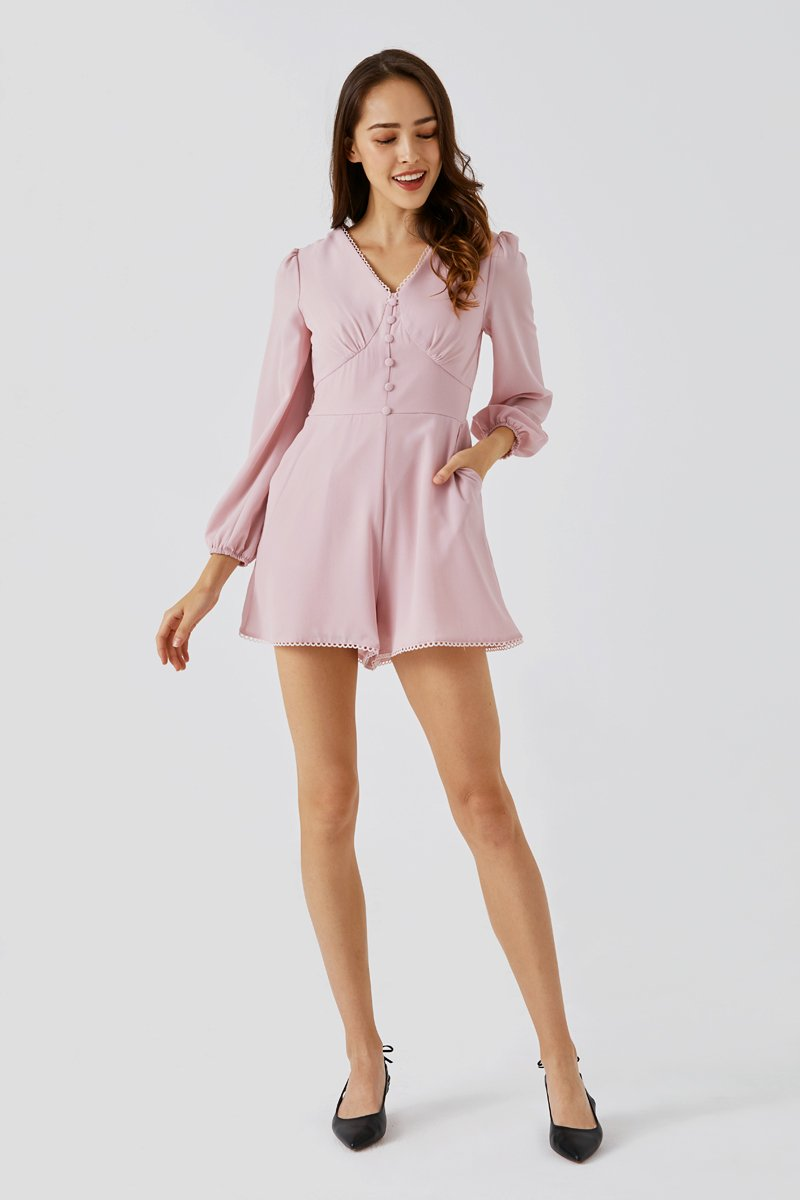 Nicki Scallop Trim Chiffon Romper Blush