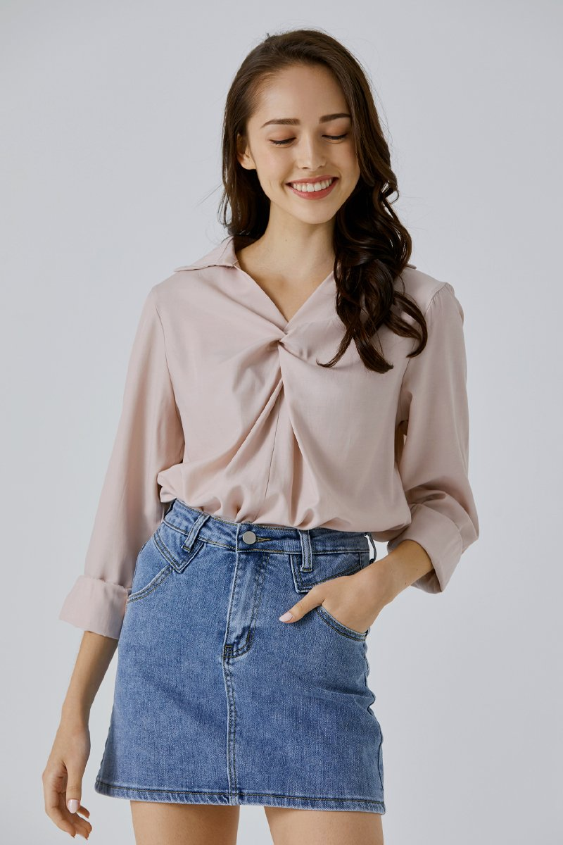 Aracelia Knotted Relaxed Shirt Blush